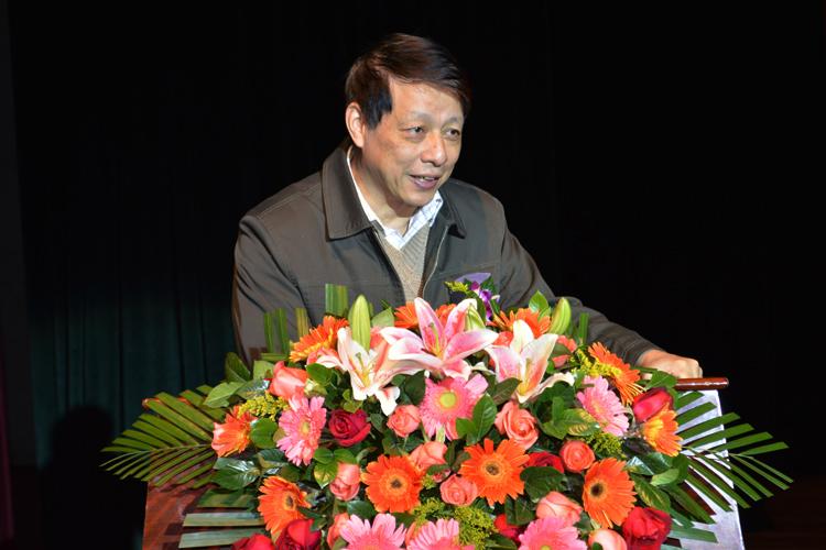中山大学高教院谢富康院长发表讲话